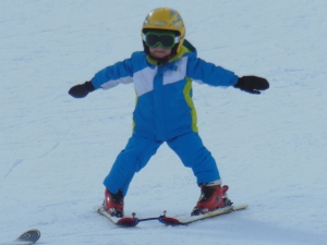 """Look, Mommy! I such a fast ski person!"""